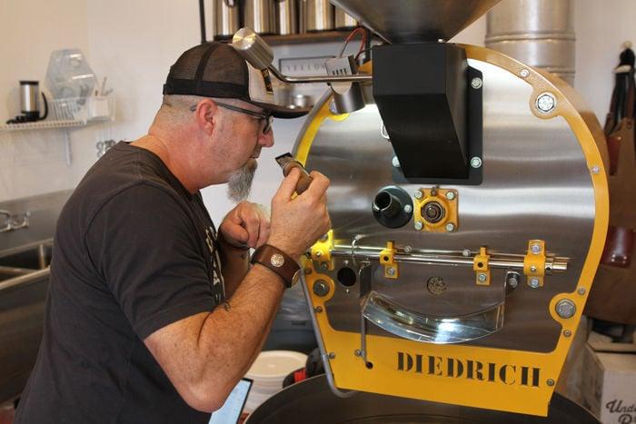 Robert Wilson Yellow Dog Coffee