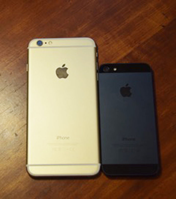 width of iphone 6 plus iphone 6 plus makes up for inconvenient size with 18261