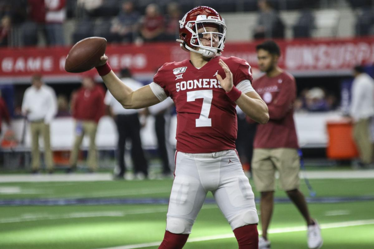 Ou Football Spencer Rattler Speaks With Media For First Time As A Sooner Reflects On Freshman Season Learning From Jalen Hurts Sports Oudaily Com