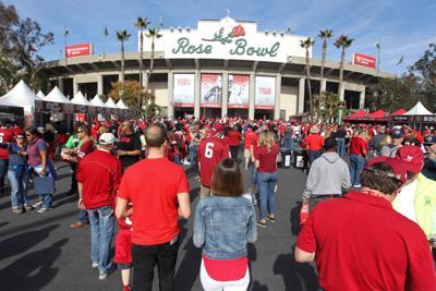 Rose Bowl fans