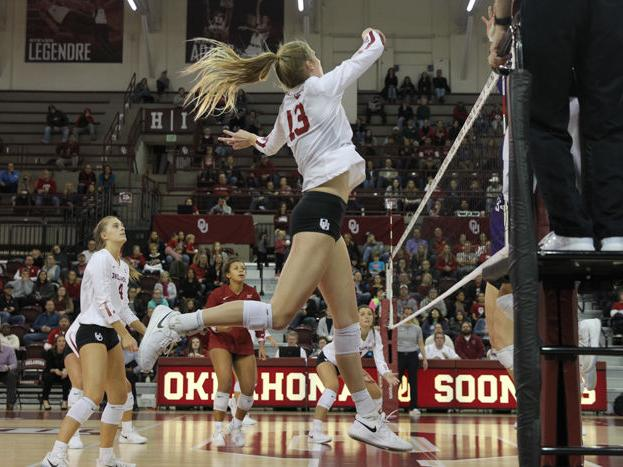 OU volleyball: Sooners prepare for matchup against SMU
