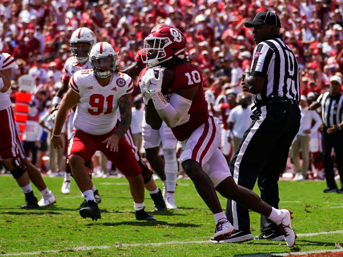 'Seize the moment': How Pat Fields' blocked PAT return sparked No. 3 Sooners' 2nd half performance over Nebraska