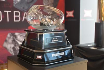 Oklahoma Football Big 12 Championship Trophy Shatters Mid