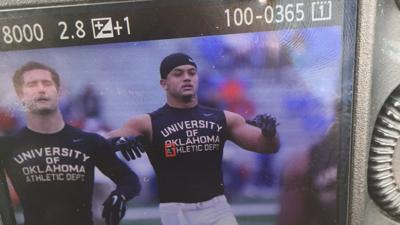 brand new 9c5b5 19a3e Oklahoma football: Devante Bond out, Jordan Evans dressed ...