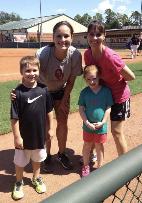 buy online 4db21 a36d7 Oklahoma softball: Sooners integrate purple, butterflies to ...