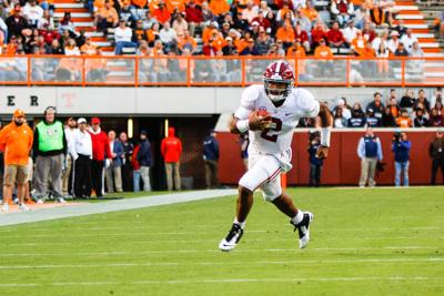 Alabama quarterback Jalen Hurts has visited the University of Oklahoma  after entering the transfer portal. fc8950bfa