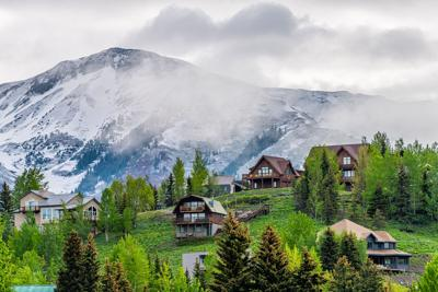 Crested Butte, USA Colorado Photo Credit: krblokhin (iStock).