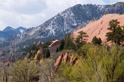 Red Rock Canyon Open Space. Photo Credit: SWKrullImaging (iStock).