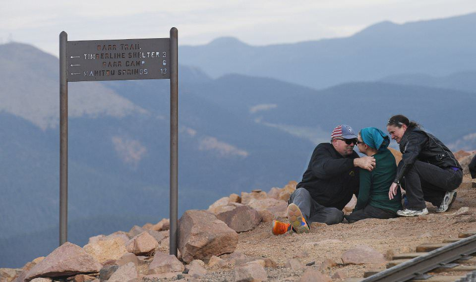 Double leg amputee summits Pikes Peak after 3 grueling days