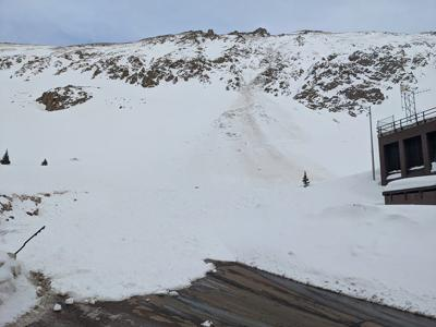 """""""Very large avalanche"""" buries road near Eisenhower Tunnel"""