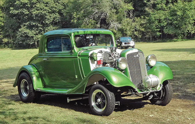 Car show held at Standing Stone