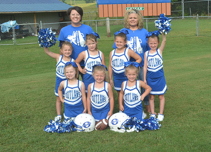 Outlaws Cheerleaders