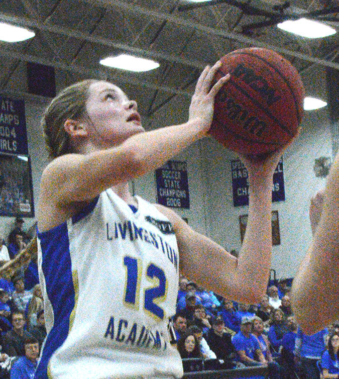 Lady Cats win over Cannon, fall to Upperman
