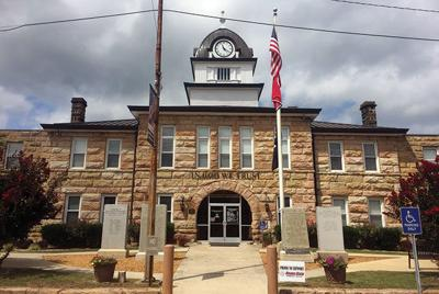Former Fentress clerk indicted on theft charge