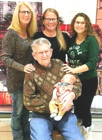 5 generations of Smith family gather recently