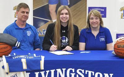 Hailey Cronk signs with Marymount