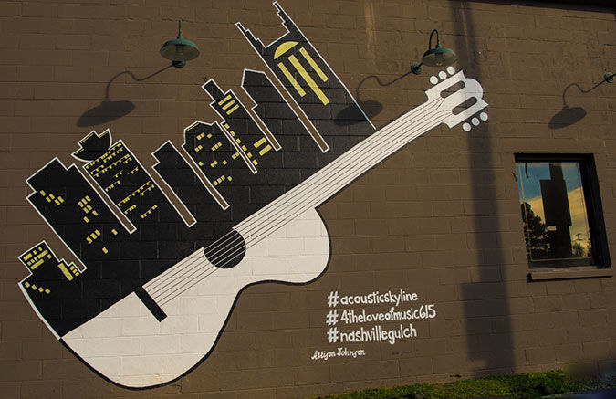 Photographing wall murals in Nashville