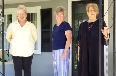 Livingston Civic and Garden Club installs new officers recently