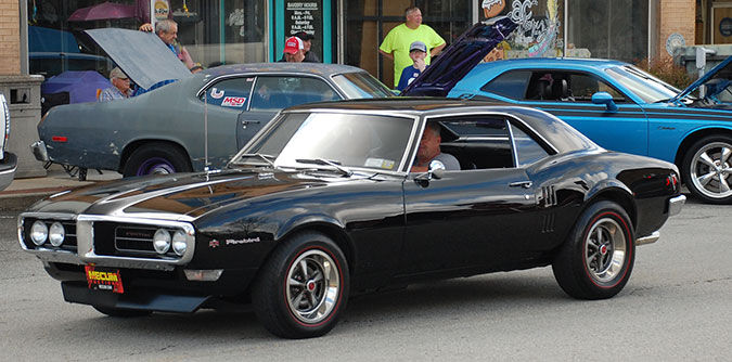 Overton County Cruise-in held on Livingston square Saturday