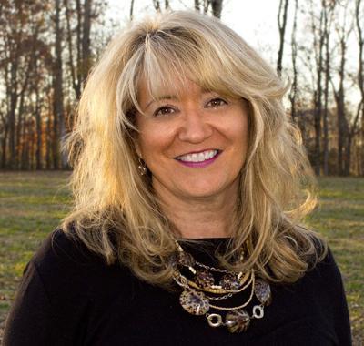 Hanna officially named dean of Whitson-Hester School of Nursing