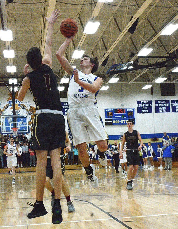 Cats fall point shy to Upperman, lose late to Cannon