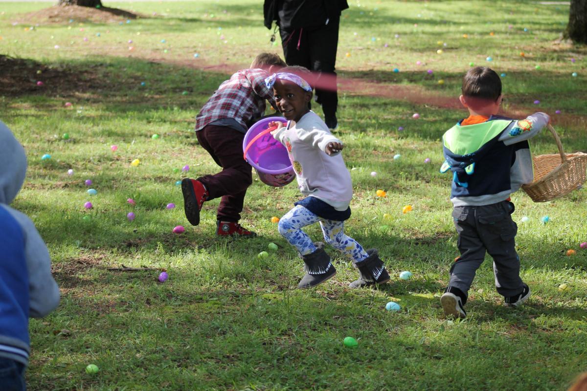 Briarcliff easter egg hunt