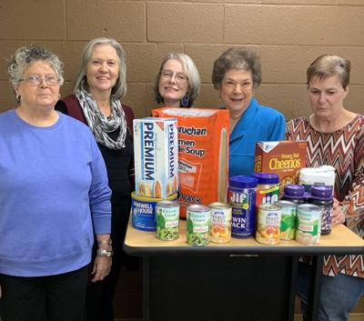Carthage Service League prepares for the holidays