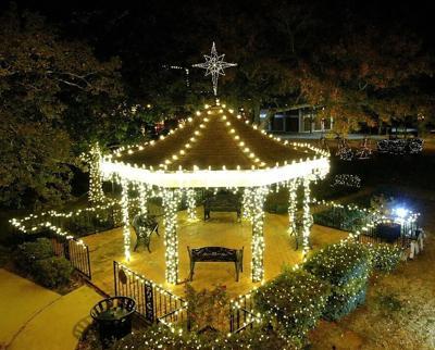 Carthage Book Club plans virtual Christmas Tour of Homes