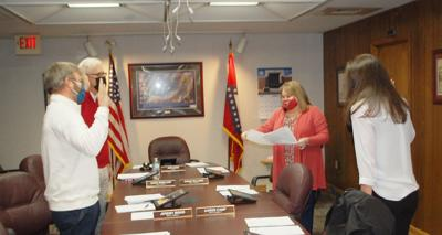 Council accepts bids, appoints committee members