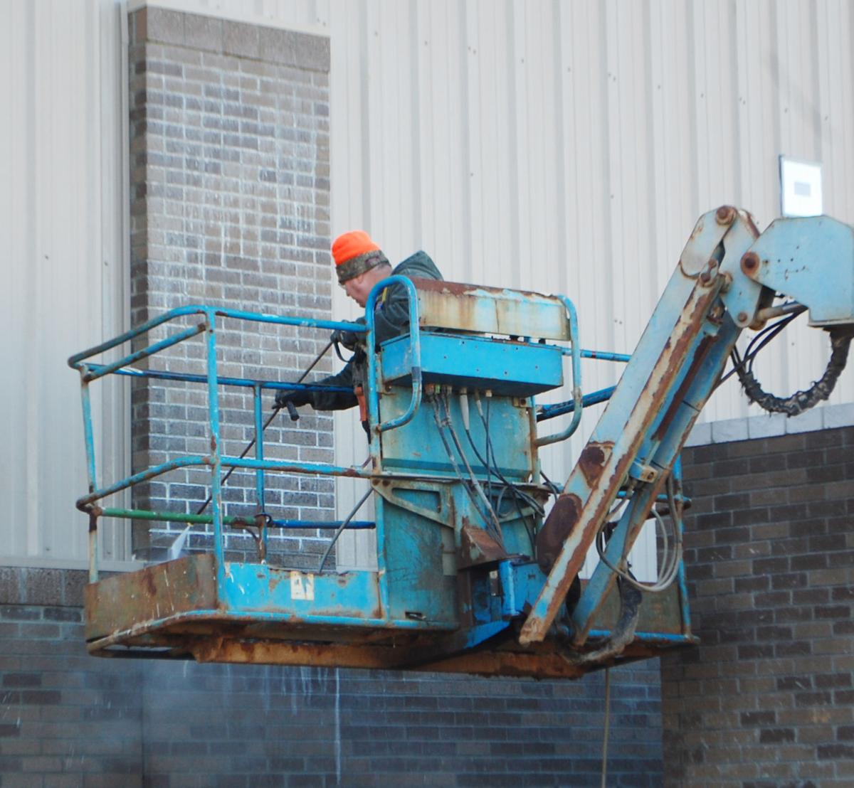 PSD Board hears of construction progress
