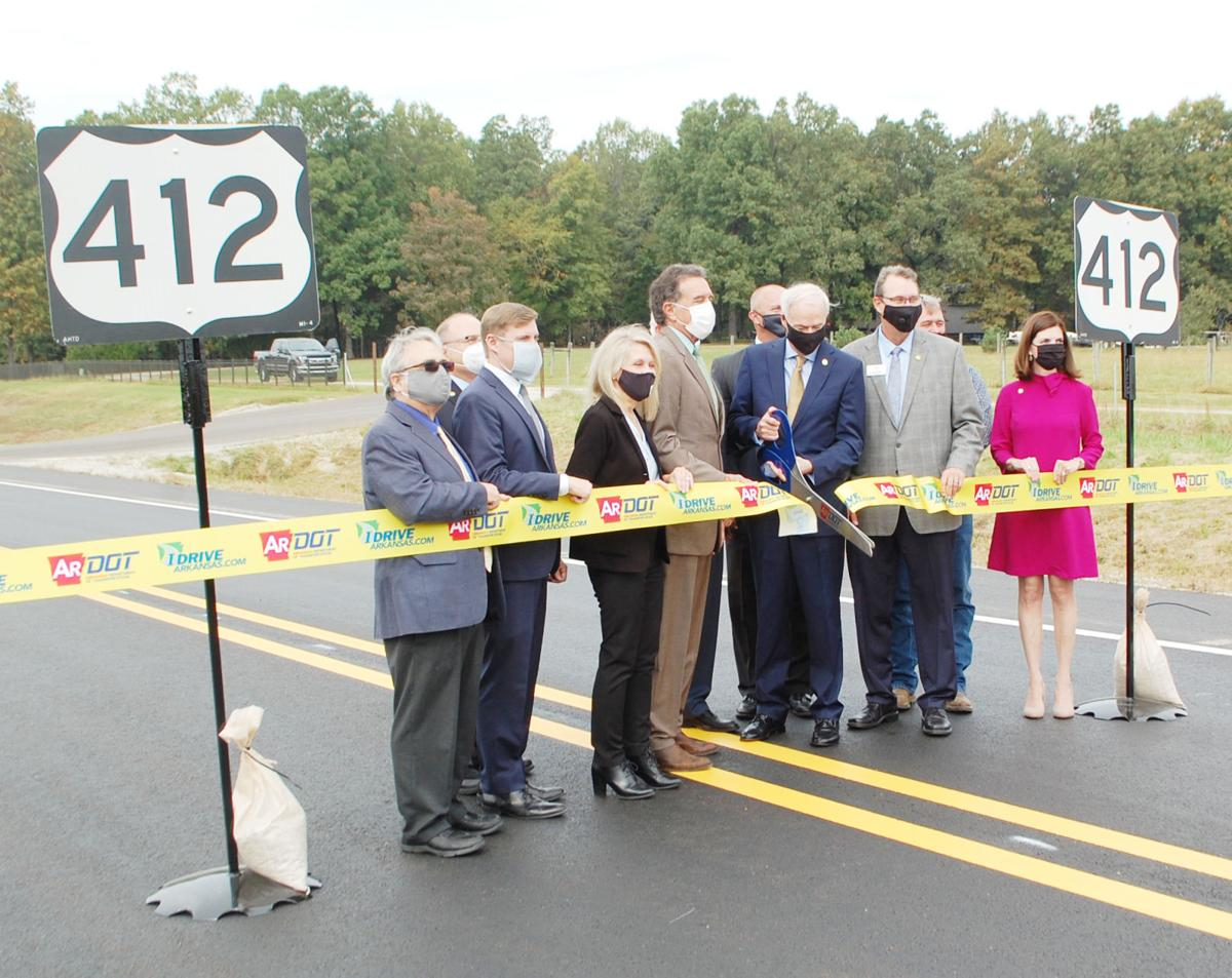 Governor pitches Issue 1 as west bypass opens