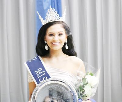 Anna Isabelle Meurer crowned Miss NEA