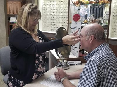 Optician Jackie Kelley to leave Eyecare Associates after 27 years