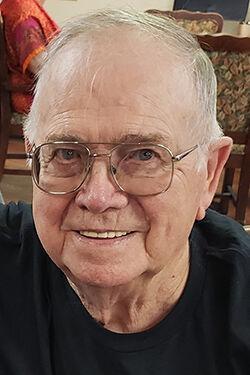Bobby L. 'Bob'  Divine