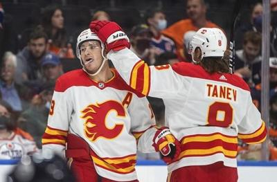 Calgary Flames start afresh with head coach Darryl Sutter, new leadership