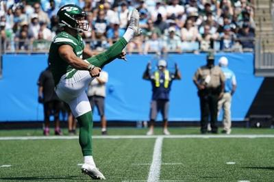 Jets kicker Ammendola has stunning debut as punter in pinch