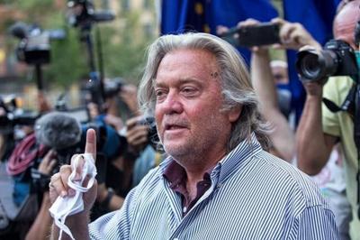 Trump pardons ex-strategist Steve Bannon, dozens of others