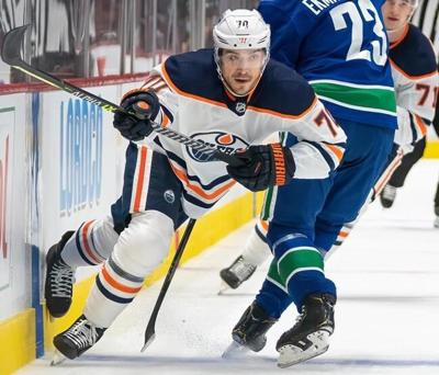 Oilers sign Sceviour, put Kassian and Archibald on injured reserve