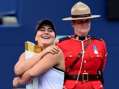 Canada's Andreescu wins Rogers Cup after Williams retires due to injury