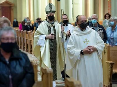Annual mass honouring Montreal's unclaimed dead adopts special meaning during COVID