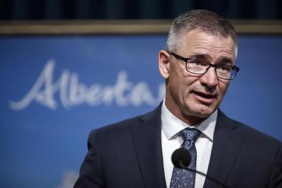 Moody's Investors Service downgrades Alberta credit rating, cites weak economy