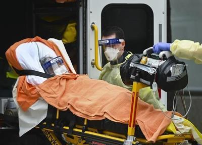 Extendicare now hit with $200 million class-action lawsuit over long-term care deaths