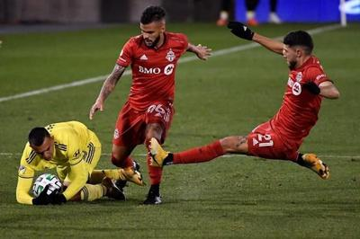 """MLS Players Association says delaying season """"best solution"""" for Canadian teams"""