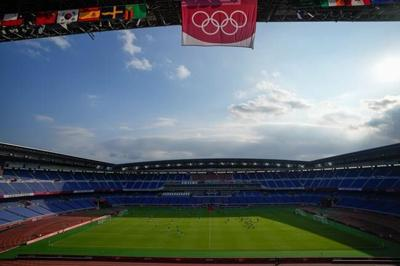 Start time of Canada-Sweden women's soccer gold-medal game changed to evening