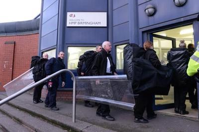 752f4db687 UK restores order after worst prison uprising since 1990