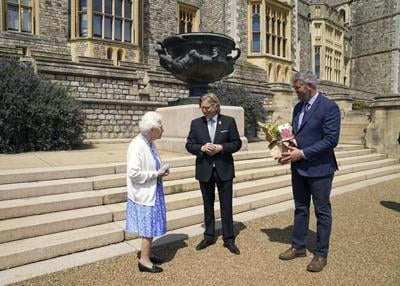 UK: Queen marks late husband's 100th birthday with new rose