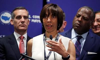 Prosecutors seek nearly 5 years for former Baltimore mayor