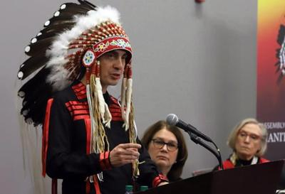 Manitoba grand chief on leave, denies pursuing intimate relationship