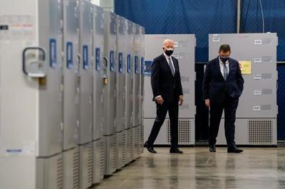 Biden boosts pandemic lending to smallest businesses