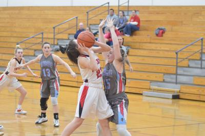 Maconaquah lets early lead slip away at Southwood